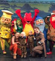 The Great Expedition of the North travelled through time in the family summer show at intu Metro!